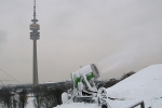München, Olympiaberg, Beschneiung für FIS-Rennen, 2.12.2010